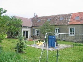 Location maison entiere ou chambres a la campagne a Teloche (72)
