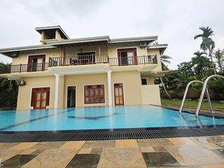 Sano Rich4br Lagoon Villa