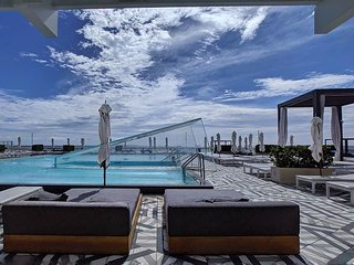 Modern Luxury Beachfront Hotel 1 Bedroom Corner with Views and 2 Balconies 9