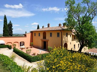 San Gimignano Apartment Sleeps 4 with Pool Air Con and WiFi - 5218596