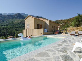 Amazing home in Feliceto w/ Outdoor swimming pool, WiFi and 4 Bedrooms (FKO417)