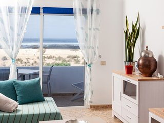 LA PUNTILLA II, front sea apartment in El Cotillo