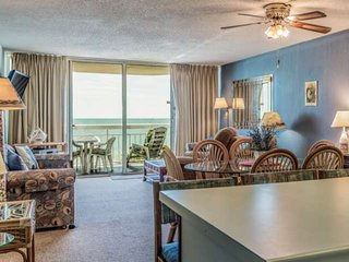 Oceanfront, Incredible Water's Edge Views &  Free Water Park, Aquarium, Golf & M