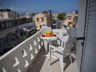 Seaside apartment with 2 bedrooms and balcony by letmyBNB