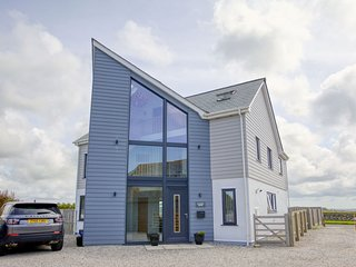 Wheal Dream House - This five bedroom detached home sleeps ten and is set in the
