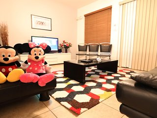 ⭐Perfect Location to Disney / Universal / SeaWorld - Comfortable 3 Bedrooms⭐