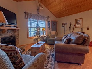 Pet Friendly, Welcoming 2 Bed/2 Bath lodge at Stonebridge