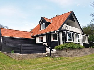 Beautiful home in Broager w/ WiFi and 3 Bedrooms (F08467)