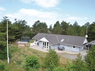 Nice home in Henne w/ Sauna, WiFi and 4 Bedrooms (P42023)