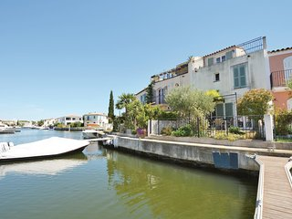 Amazing home in Aigues-Mortes w/ WiFi and 3 Bedrooms