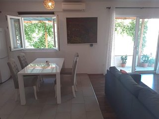 2bedroom apartment in the heart of NPMljet
