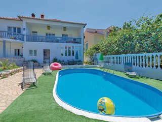 Nice apartment in Zadar w/ Outdoor swimming pool, Outdoor swimming pool and 2 Be