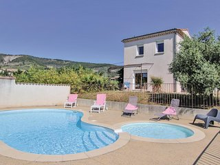 Awesome home in Valvignières w/ Outdoor swimming pool, WiFi and 2 Bedrooms (FRA