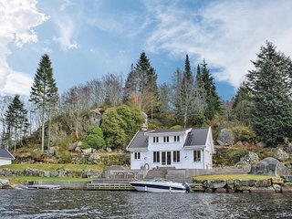 Stunning home in Egersund w/ WiFi and 6 Bedrooms (N15267)