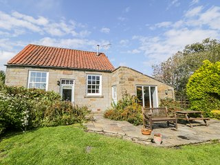 THE OLD CHAPEL, character holiday cottage, with WiFi and garden in Fadmoor, Ref