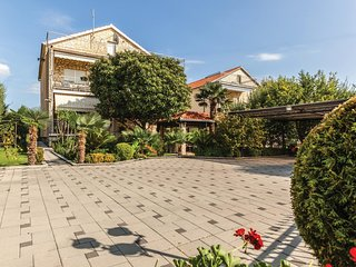 Amazing home in Kastel Novi w/ WiFi and 2 Bedrooms