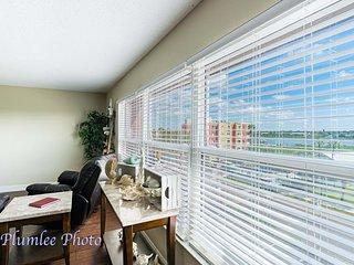 Holiday Villa II Beachside View Premium Condo # 405