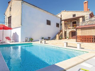 Stunning home in Stifanici w/ WiFi and 3 Bedrooms