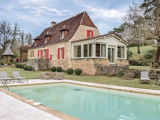 Beautiful home in Campagne w/ WiFi and 4 Bedrooms