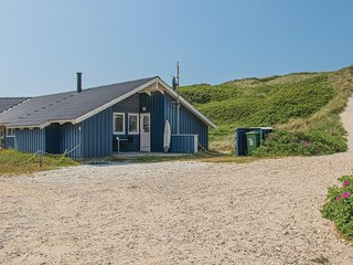 Amazing home in Hvide Sande w/ Sauna, WiFi and 5 Bedrooms