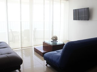 Barrio Bocagrande Apartment Sleeps 7 with Pool Air Con and WiFi - 5811187