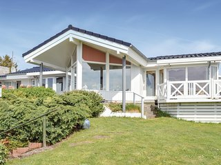 Beautiful home in Ølsted w/ 2 Bedrooms