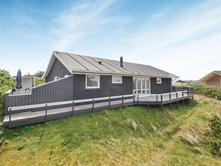 Amazing home in Fanø w/ WiFi and 3 Bedrooms (M21393)