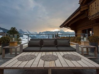 Private Pool & Spa Chalet with Stunning Views