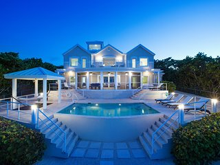 Fishbones: Luxe Gated Villa w/Infinity Pool, Screen Porch, Stunning Elevated