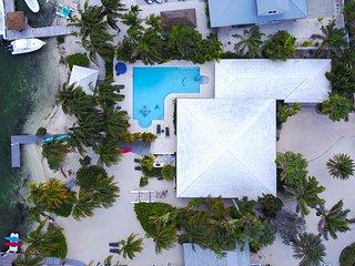 Great Escape by Grand Cayman Villas and Condos