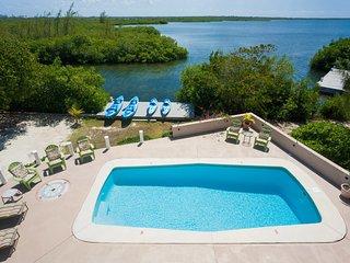 Hidden Cove by Grand Cayman Villas and Condos