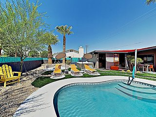 3BR/2.5BA Modern Palm Springs Home: Architect-Designed w/ Pool & Cabana