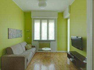 Central Milan Studio Apartment Near Corso Buenos Aires and Milano Centrale