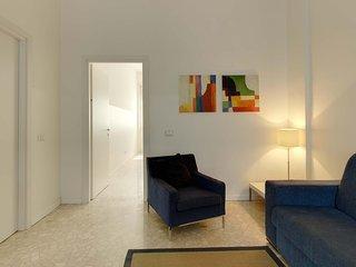 Spacious Central Milan Apartment Near Corso Buenos Aires and Milano Centrale