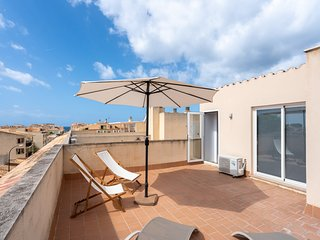Penthouse:Professional cleaning with ozone, private terraces,WIFI, A/C, Tvsat