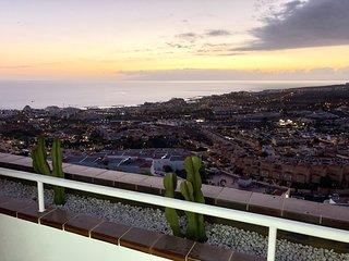 511.Sun apartment, terrace ocean view,heated pool