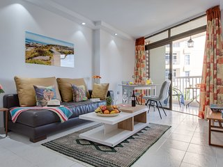 Y4F.Cute flat!Next to beach,pool view, LasAmericas