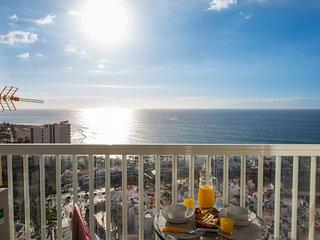 Y14A.UNIQUE SEA VIEW!!In the Playa Las Americas's heart