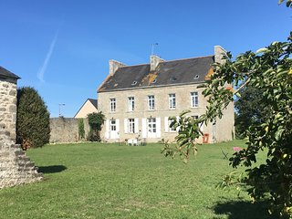 Le Presbytere de Plomeur -  Large & Charming house / 5 mins from the beach