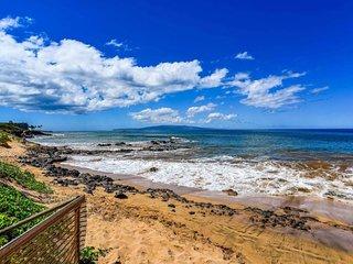 Kamaole Sands 7-104 . Perfect Family w/ Resort Condo Across Beach!
