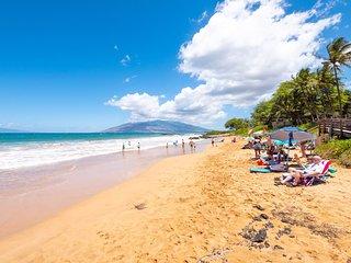 Kamaole Sands 1-105 . Perfect Family w/ Kids Resort 100 Steps to Beach!