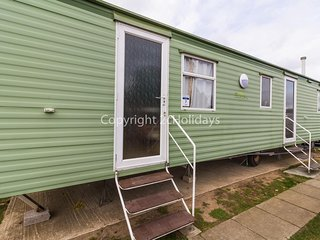 8 berth caravan for hire at California Cliffs, Scratby, Norfolk ref 50007 D