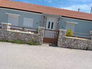 ANASTASIAS GARDEN HOUSE
