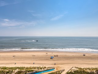 Oceanfront condo w/ amazing views & beach access offers private pool, tennis!