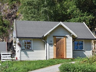 Awesome home in Vallavik w/ WiFi and 2 Bedrooms (N19706)