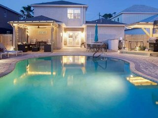 Tickled Turtle Beach House 3 Bedroom Lagoon View Home w/ Private Pool -  Pet Fri