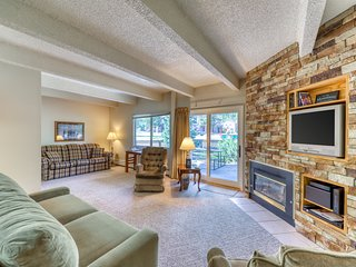 Spacious, quaint condo w/ shared pool/hot tub - walk to marina, bus to slopes!