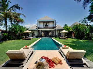 Villa Maya - an elite haven, 4BR, Ketewel