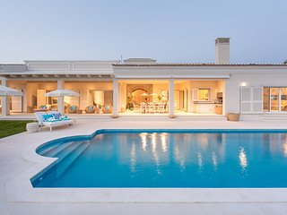 4 bedroom Villa with Pool, Air Con and WiFi - 5812961