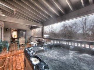 6 Bed Blue Mountain  Chalet with Hot Tub #157 - Sleeps 14